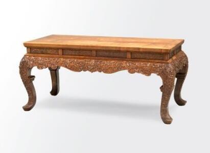 清式黄花梨打漥龙纹三弯脚大供桌