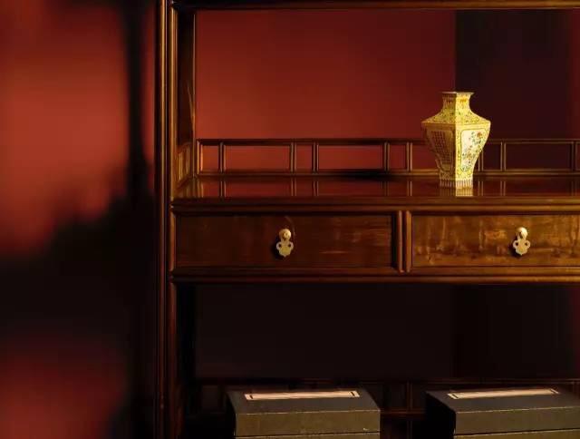 详细介绍哪些红木家具具有养生功能