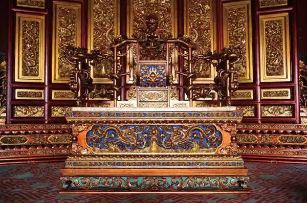 红木家具里龙椅、圈椅、坐墩体现的中国精神