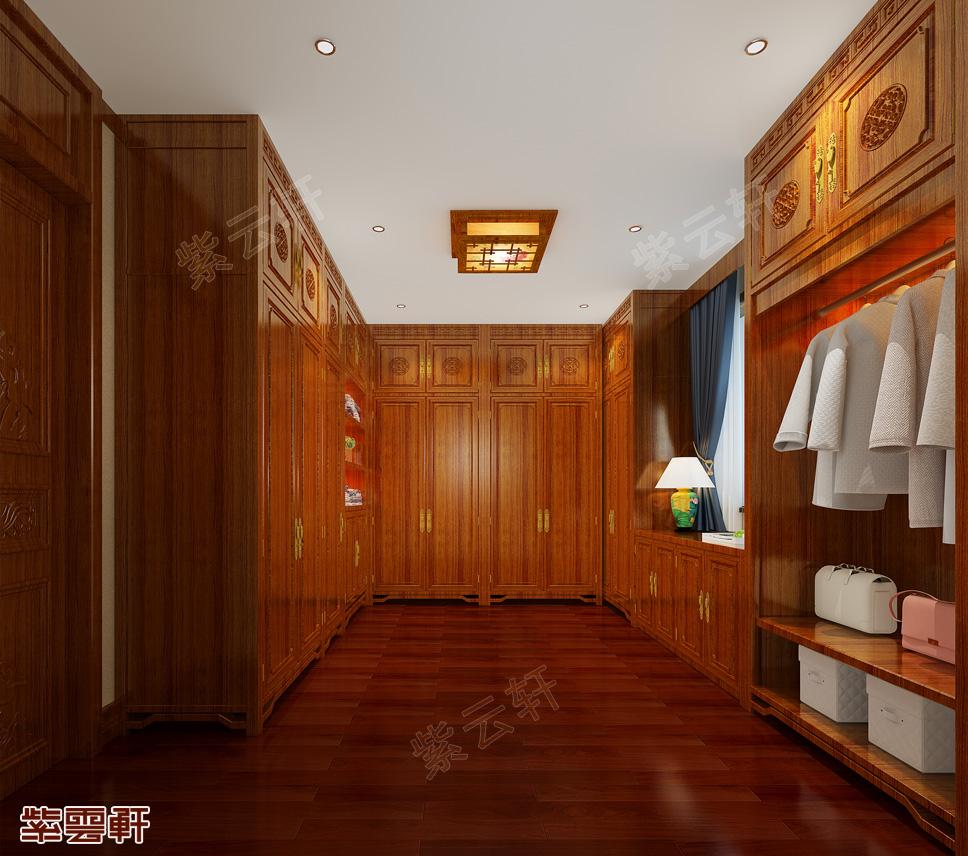 11三层卧室衣帽间.jpg