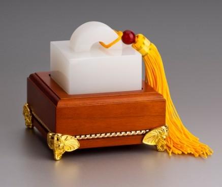 玉石象征的传统文化道德品质 仁义智勇洁