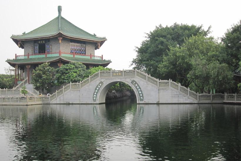 从三个方面来考虑中式园林中桥的建造设计