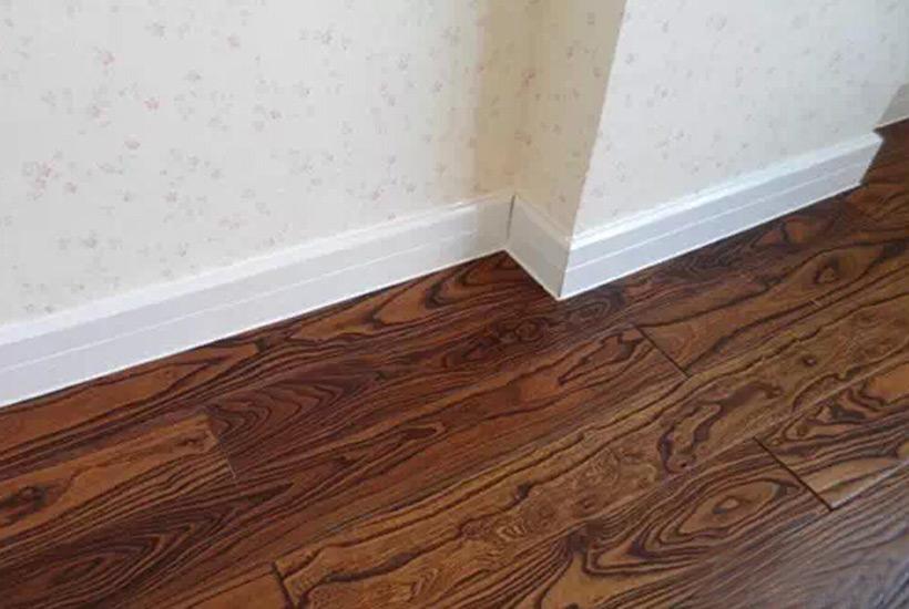 住宅中式设计中踢脚线安装时应该注意的细节
