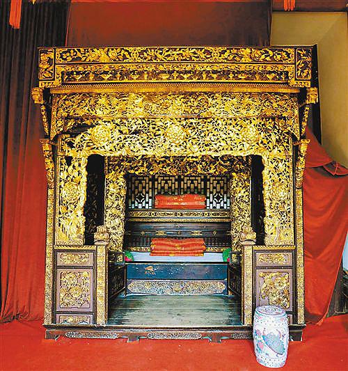 从巴渝古床天下第一床 秘清朝人睡眠的奢华