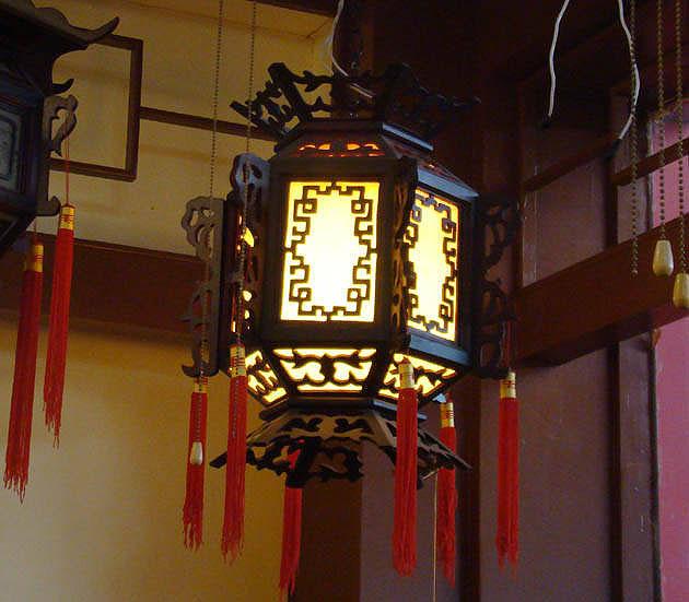 宫灯-中国彩灯中最富有特色的手工艺品