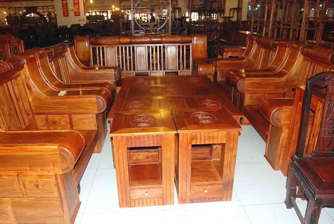 花梨木古典家具 中式装修住宅空间的温馨味道