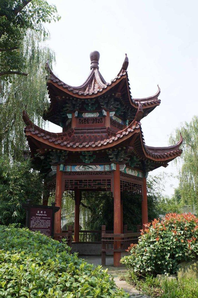 中式园林亭台水榭的如画美韵