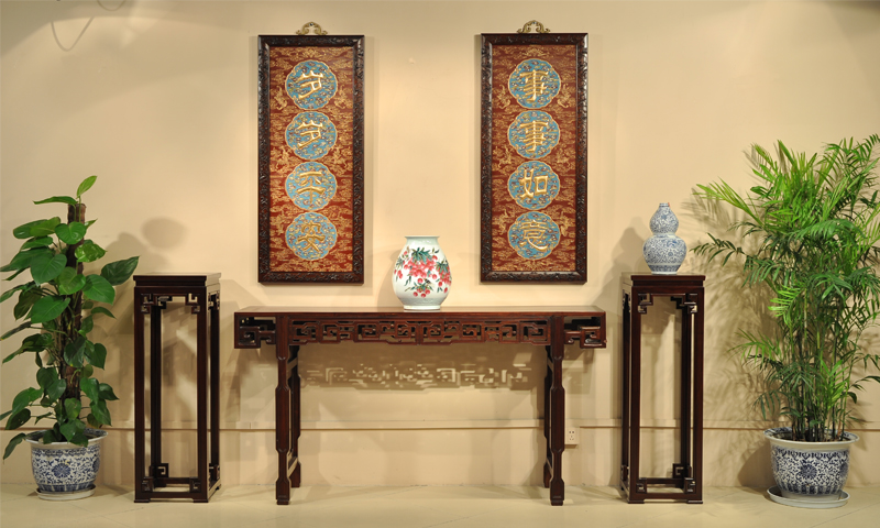 中式居室空间苏作家具文化内涵 注重直线与曲线、方与圆、实与虚的对比