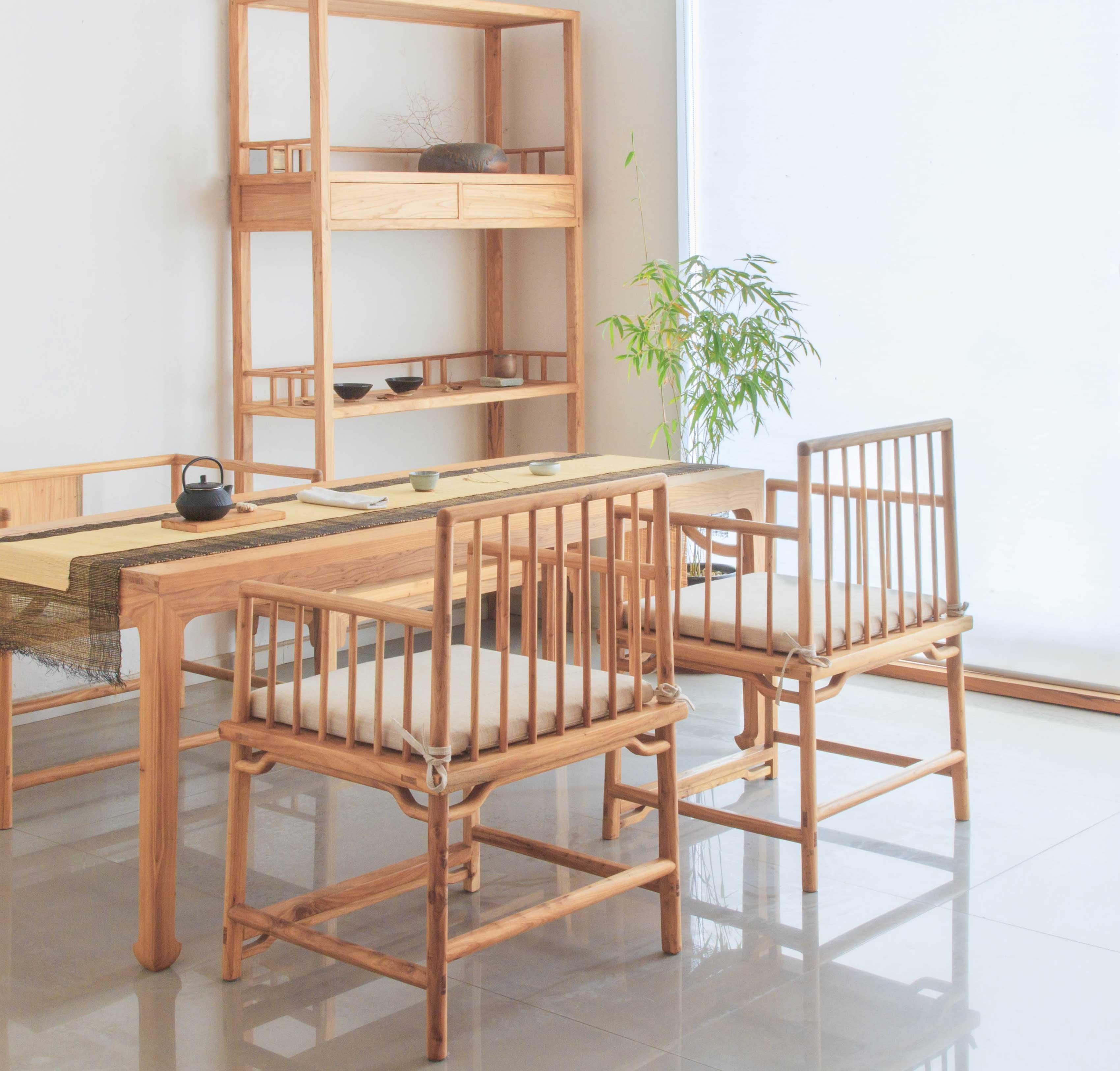 中式空间明式家具色泽幽雅、肌理华美、内向之气韵