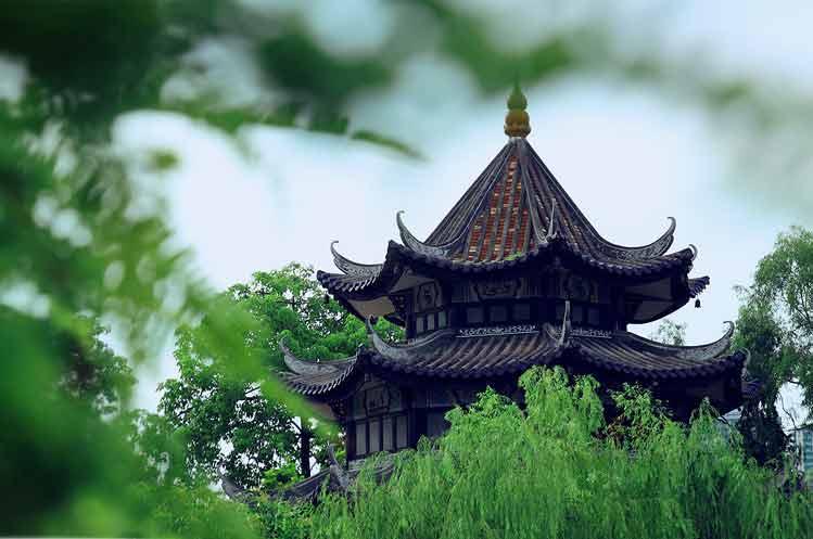 中式古典园林余荫山房
