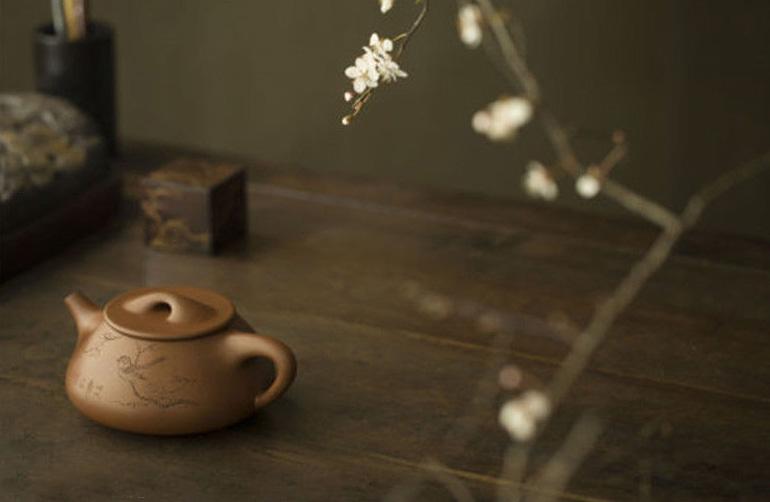中式茶室空间浅斟细酌 不同的紫砂造型被赋予了不同的韵致