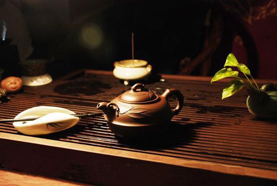 灵气中尽藏温婉,空白处更见淡泊 中式茶室空间紫砂美境