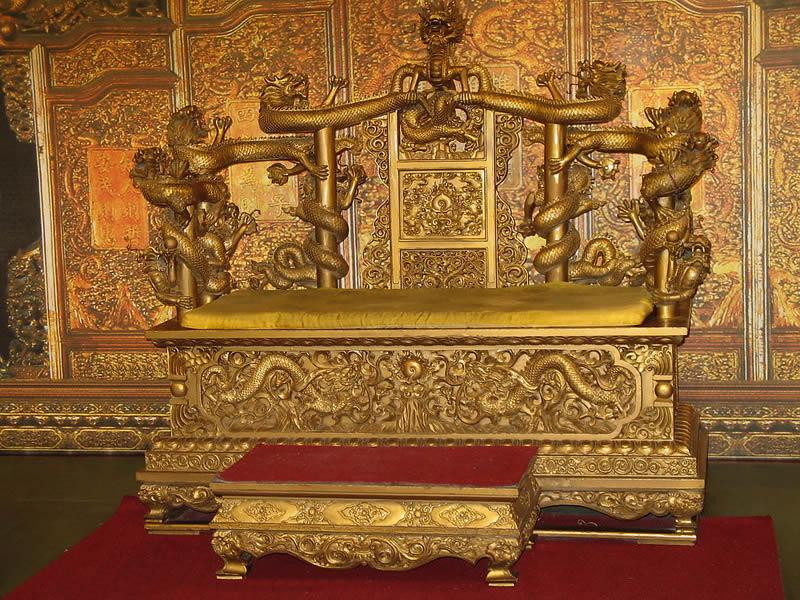 中国皇家精美家具–龙椅