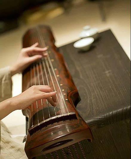 中华国粹--书法精神与古典琴韵