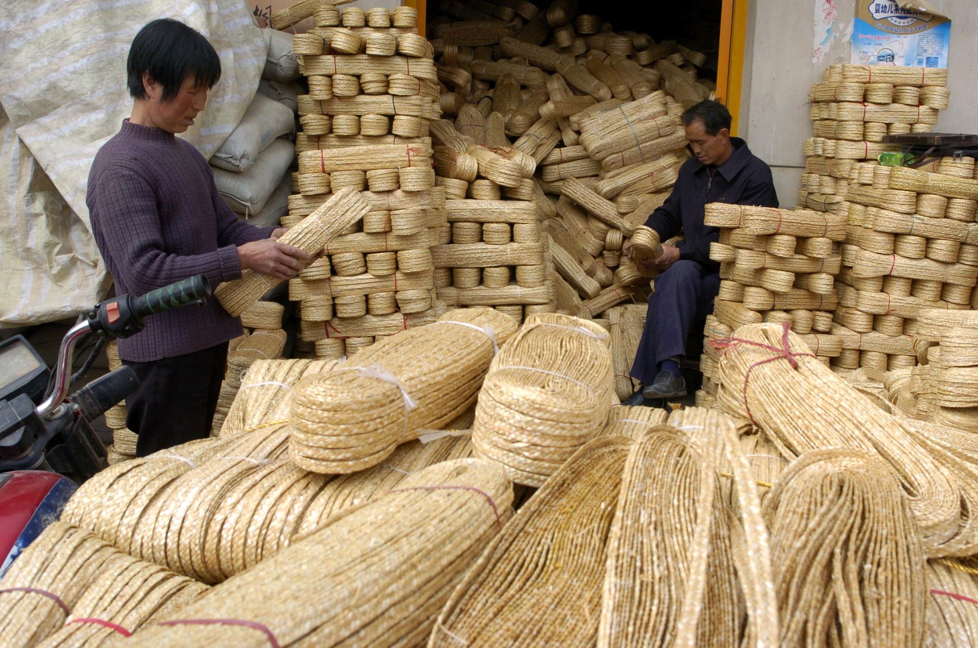 传统工艺草编的制作工程以及保养措施